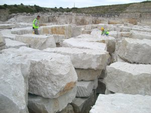 bele kamene ploče